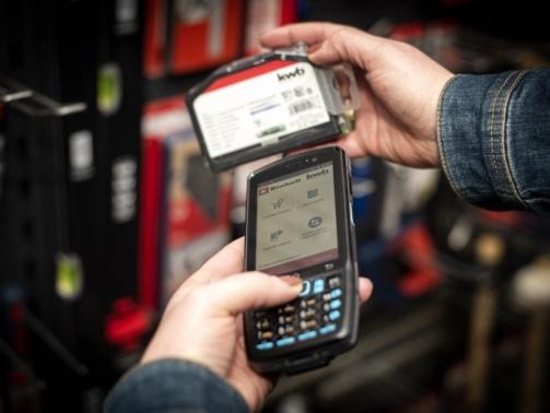 Scannen van producten met mobiele terminal